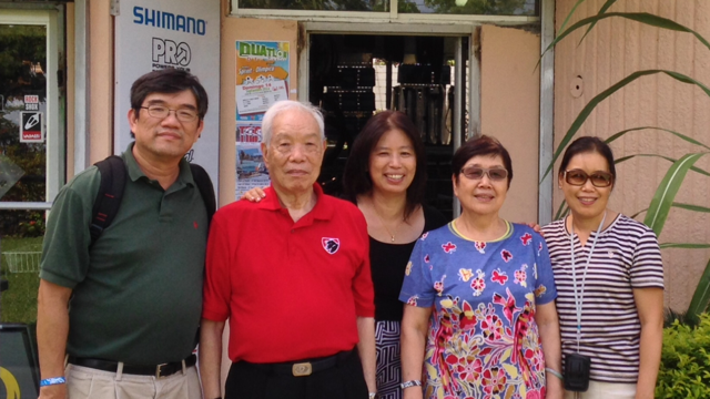 Our family reunion in front of the condo where we used to live in Santo Domingo.